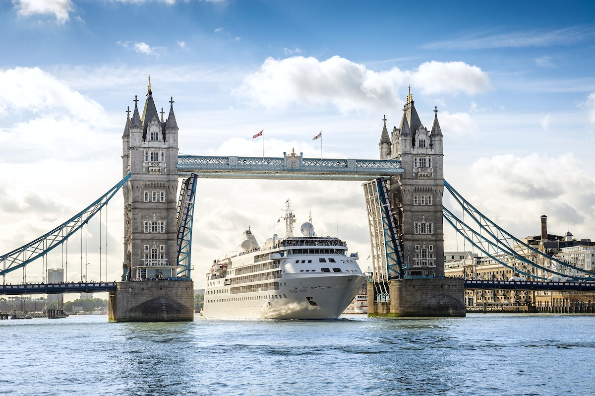Silver Wind no fly cruises UK tower bridge