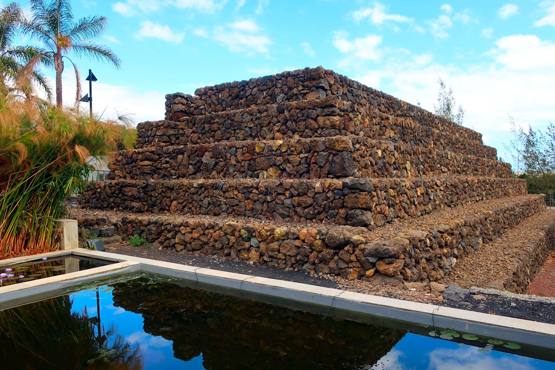 Pyramid tenerife